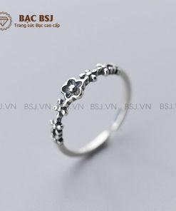 Nhẫn bạc nữ cá tính mặt hoa chất liệu bạc S925 cao cấp